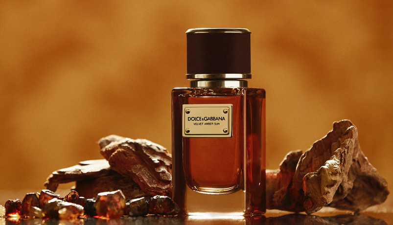 DB74 - آشنایی با گروه عطرهای شرقی عطرهای جذاب زنانه